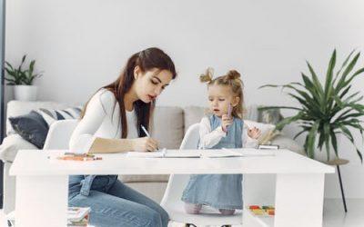 Maak opruimtijd leuk voor moeders en peuters